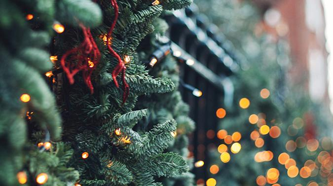 4 ways to automate your holiday season image